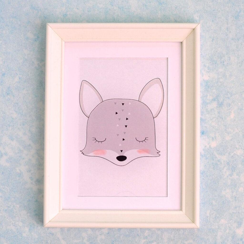 falikép keretben róka