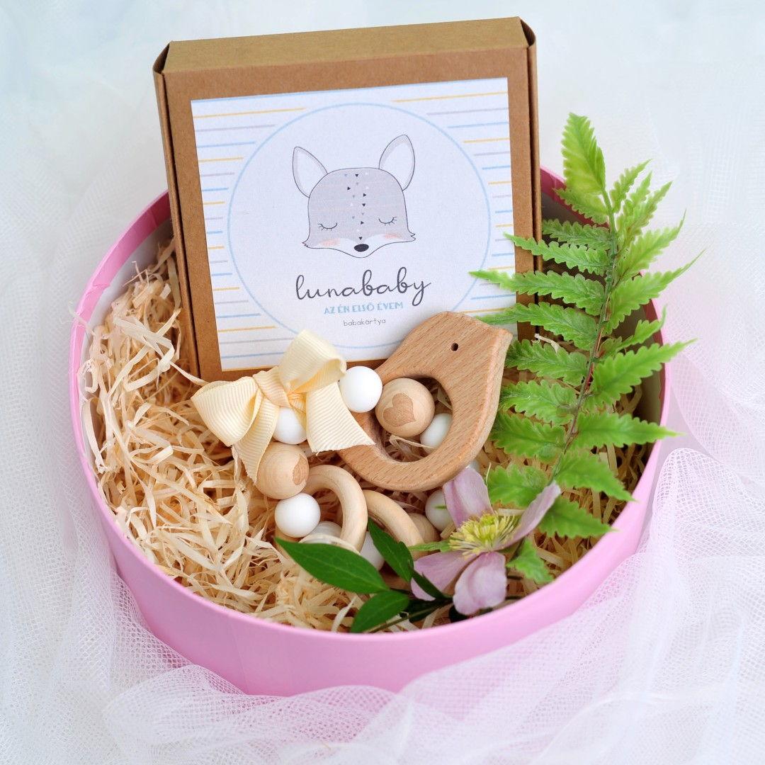 mini ajándékcsomag dobozban