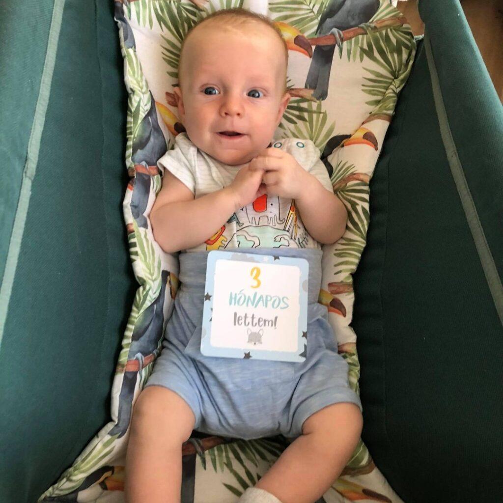babakártya fiús 3 hónapos lettem